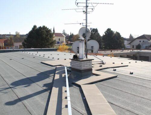 Oprava střechy obecního úřadu Opatovice